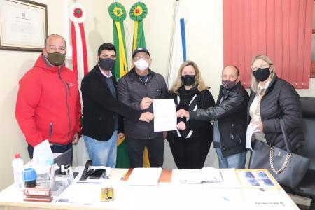 Hulha Negra recebe emendas do deputado Afonso Hamm